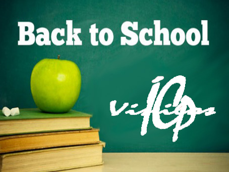 back-to-school-pizarra-y-manzana-verde